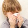 Насморк у ребенка: лечить или не лечить?