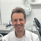 Максимов Юрий Владимирович, стоматолог-эндодонт (эндодонтист) в Москве - отзывы и запись на приём