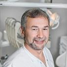Зайнуллин Расим Талгатович, стоматолог (зубной врач) в Казани - отзывы и запись на приём