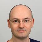 Селезнев Станислав Владимирович, стоматолог-хирург в Санкт-Петербурге - отзывы и запись на приём