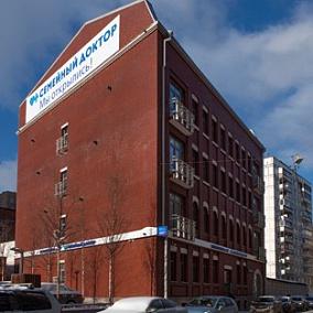 Клиника Семейный доктор в Монетчиковском