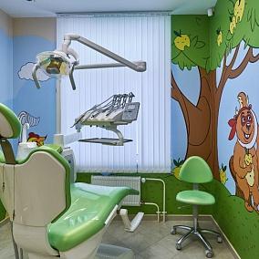 Центр Имплантации и Стоматологии ИНТАН на Маршака