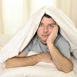 мужчина с симптомами молочницы